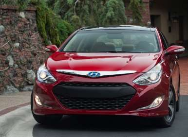 2013 hyundai sonata hybrid returns with improved drivability. Black Bedroom Furniture Sets. Home Design Ideas
