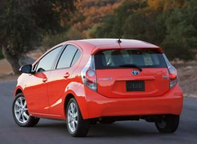 2013 toyota prius c road test and review. Black Bedroom Furniture Sets. Home Design Ideas