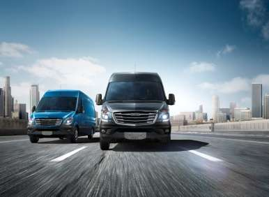 2014 Sprinter Gets 4-Cylinder Diesel, 7-Speed Automatic