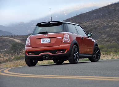 2013 Mini Cooper S Hardtop Road Test and Review | Autobytel com