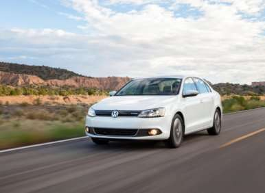 10 Things You Need To Know About The 2013 Volkswagen Jetta Hybrid