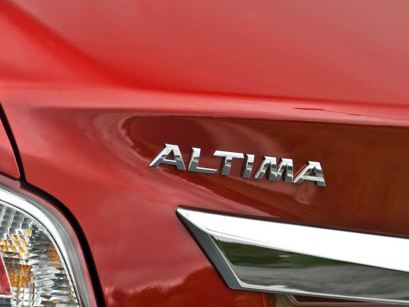 Incremental Changes Add Up For 2014 Nissan Altima Sedan Autobytel