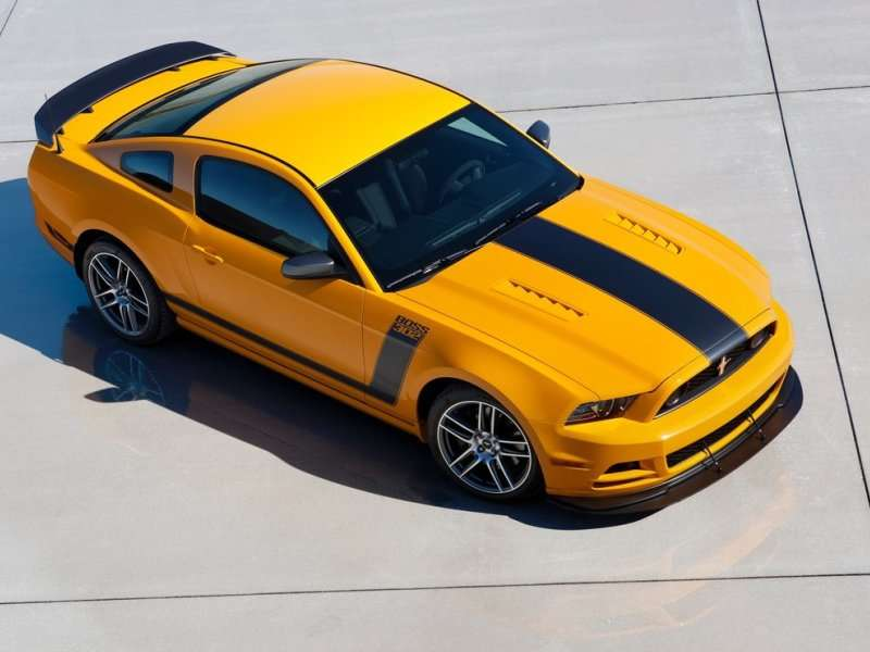2013 ford mustang boss 302 road test review. Black Bedroom Furniture Sets. Home Design Ideas