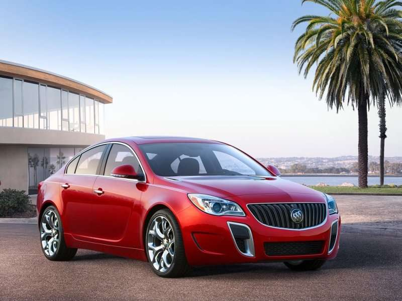 Meet the 2014 Buick Regal