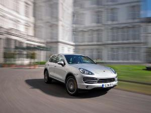2013 Porsche Cayenne Diesel Road Test & Review