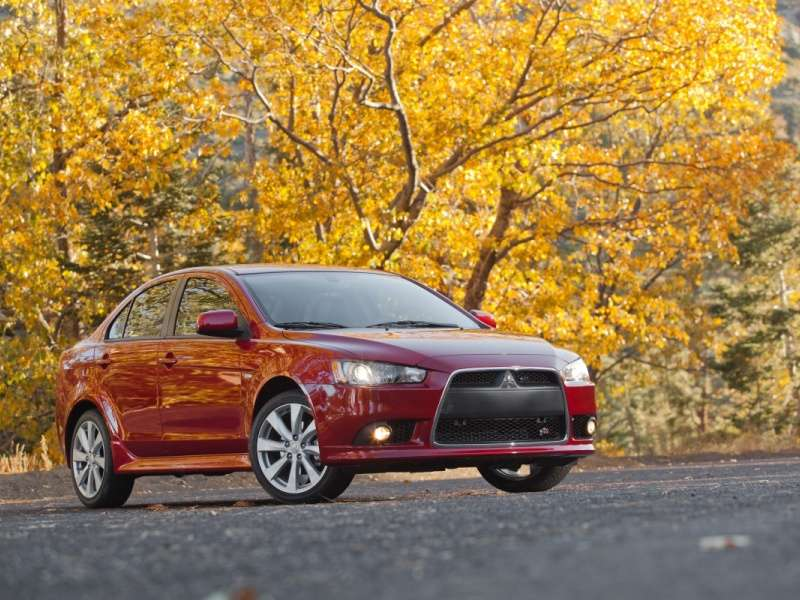 2014 Mitsubishi Lancer Lineup Revealed