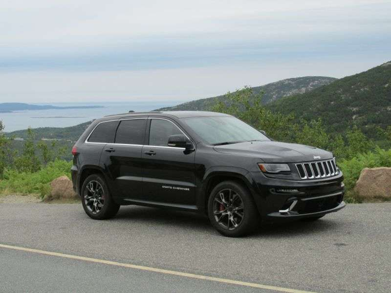 2014 Jeep Grand Cherokee SRT Review: Driving Impressions