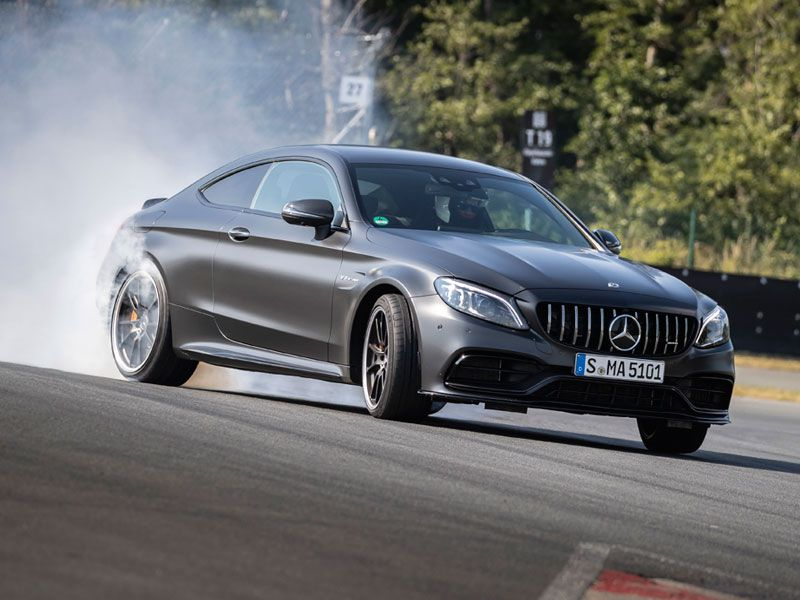 2018 Mercedes AMG C 63 S coupe cornering