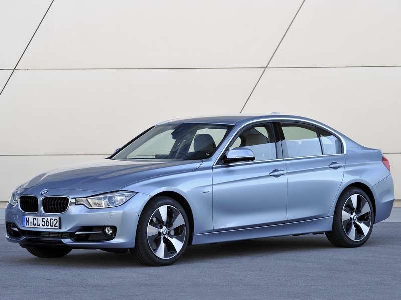 10 things you need to know about the 2014 bmw activehybrid 3. Black Bedroom Furniture Sets. Home Design Ideas