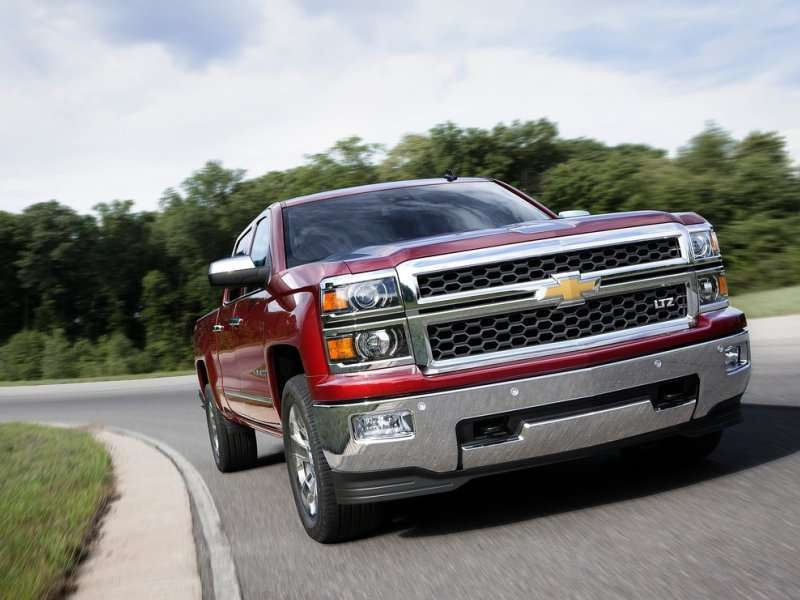 2014 Chevy Silverado, GMC Sierra Take over Pickup Power Title