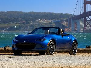 10 Reasons the 2019 Mazda MX-5 Miata Won the AutoWeb Buyer's Choice Best Convertible Award