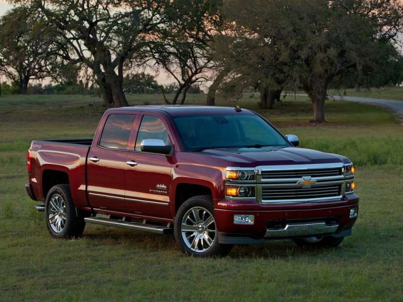 2014 Chevy Silverado High Country: A New Destination for Premium Truck Buyers