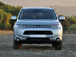 2014 Mitsubishi Outlander Crossover SUV Road Test and Review