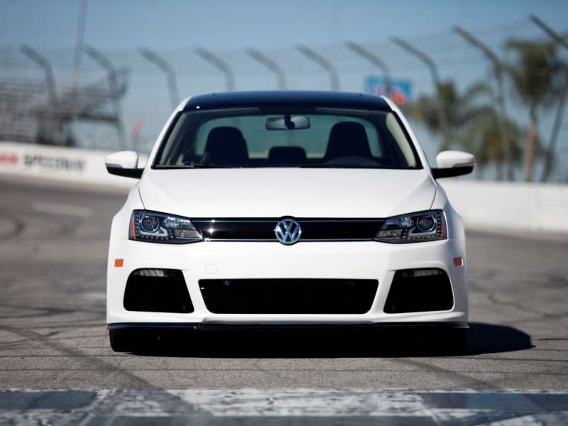 2014 VW Jetta, 2015 VW Golf Make SEMA Debuts
