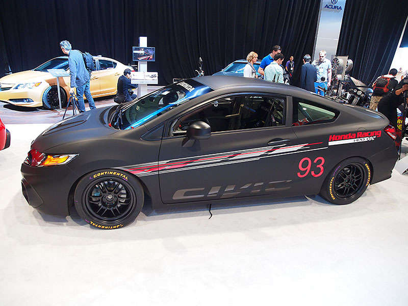 Honda Unveils 2014 Honda Civic Si Coupe, HPD Street Performance Program at SEMA