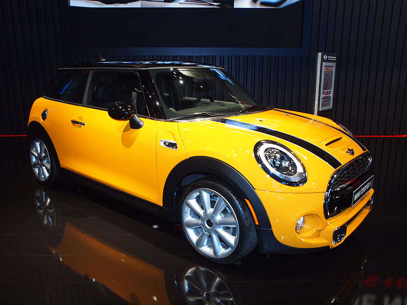 LA Auto Show: MINI Cooper Enters Act Three