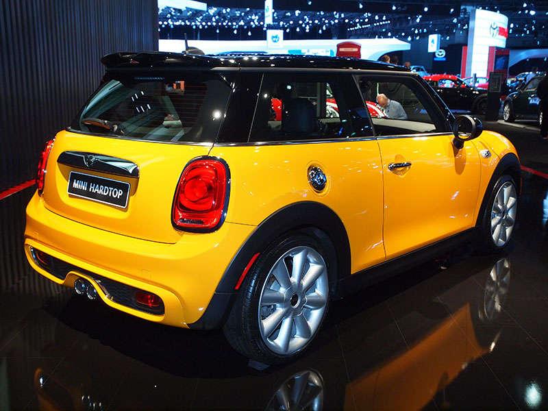 La Auto Show Mini Cooper Enters Act Three Autobytelcom