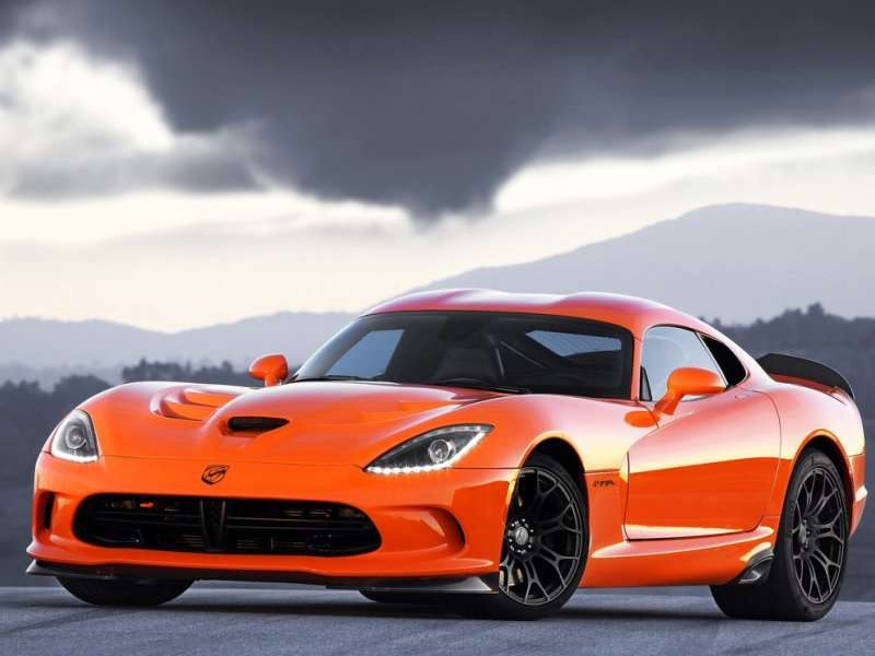 Drivers Will Have a Great Time in the 2014 SRT Viper TA