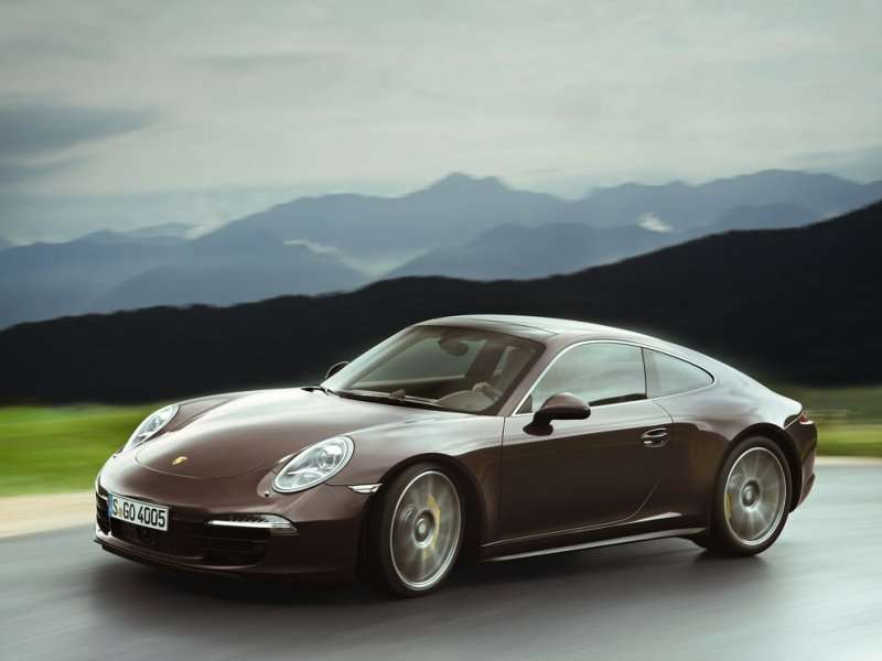 the 2014 porsche 911 delivers obscene turbocharged power