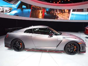 2015 Nissan GT-R / GT-R Nismo Preview: 2013 Los Angeles Auto Show