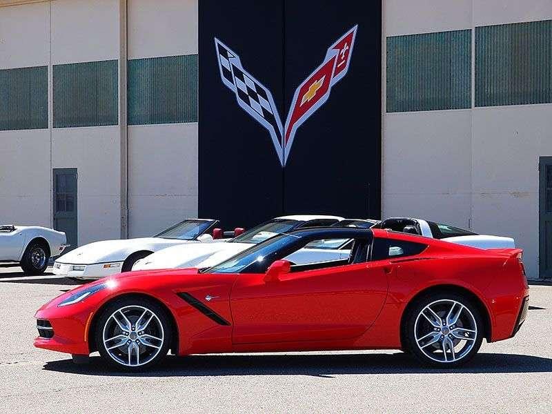 autobytel 2014 sports car of the year chevrolet corvette stingray. Black Bedroom Furniture Sets. Home Design Ideas