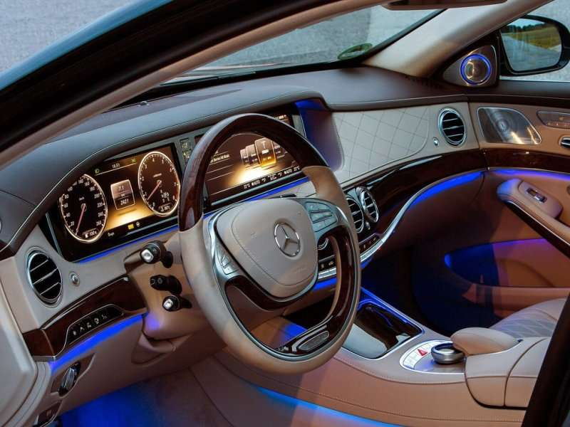 the 2014 mercedes benz s class comes with startlingly advanced safety features