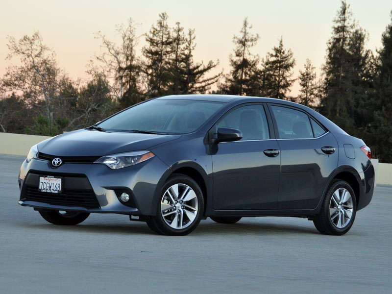 2014 toyota corolla le eco review and quick spin. Black Bedroom Furniture Sets. Home Design Ideas