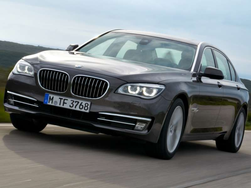 Chicago Auto Show: BMW Adds Diesel Power For The 7-Series