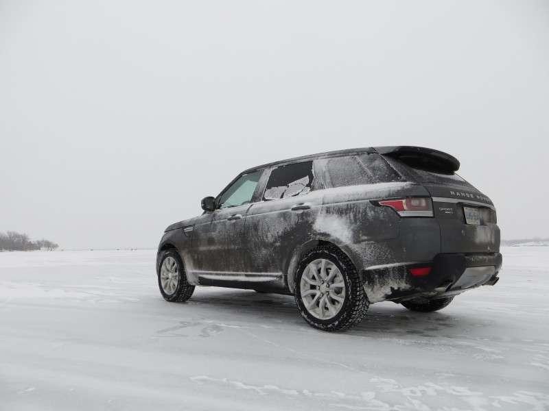 road test and review 2014 land rover range rover sport. Black Bedroom Furniture Sets. Home Design Ideas