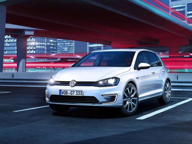 Gee, 2015 VW Golf GTE Premieres in Geneva