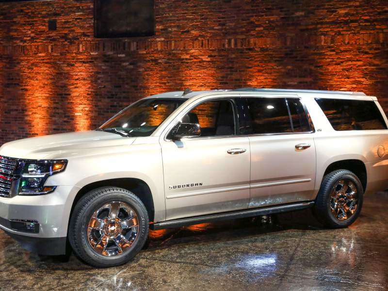 Epa 2017 Chevy Tahoe Suburban Rated At 23 Mpg Highway