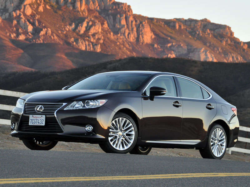 2014 lexus es 350 luxury sedan road test and review. Black Bedroom Furniture Sets. Home Design Ideas