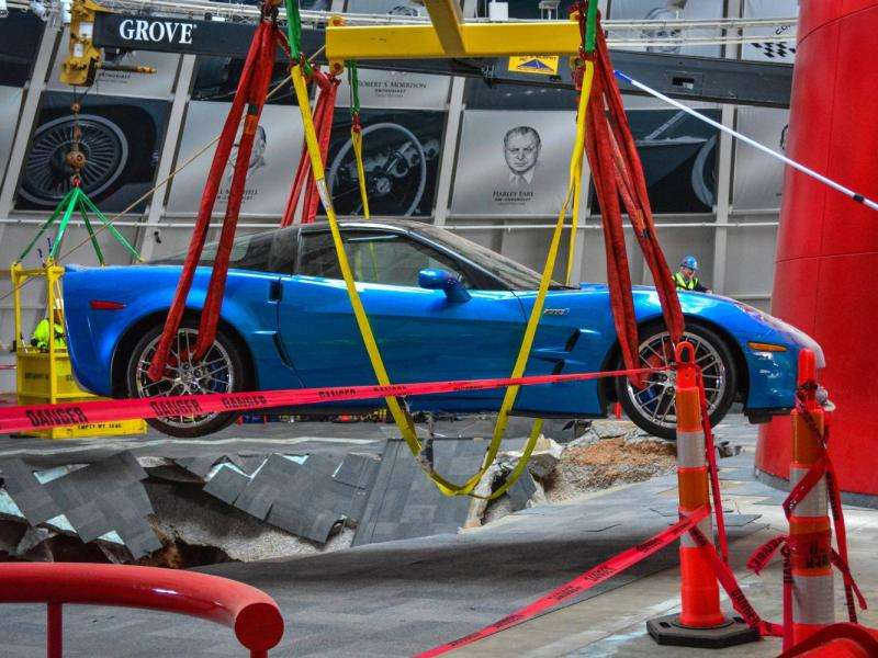 Blue Devil ZR1 First to be Extracted from National Corvette Museum Sinkhole