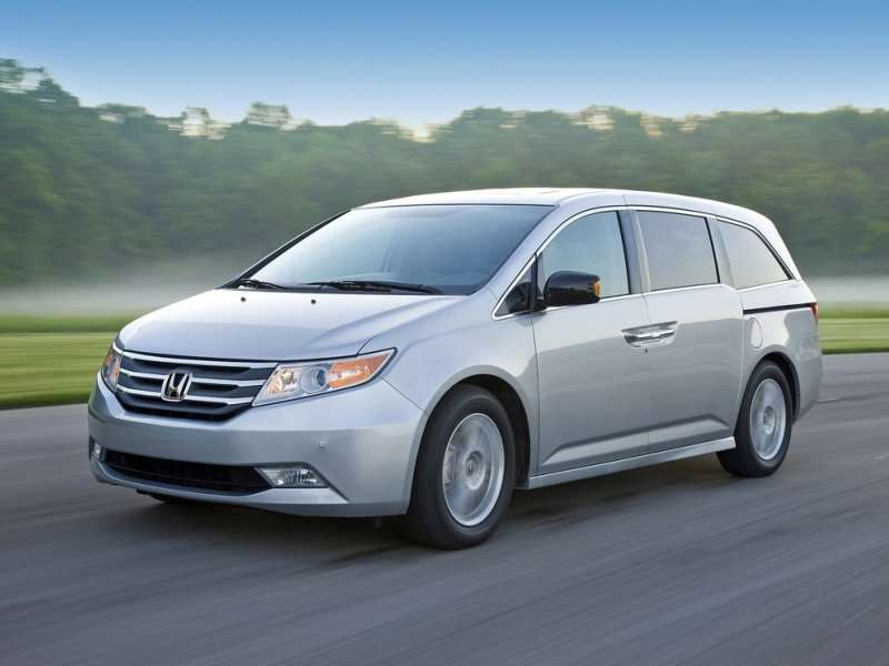 Best Used Minivan >> 8 Best Used Minivans Autobytel Com