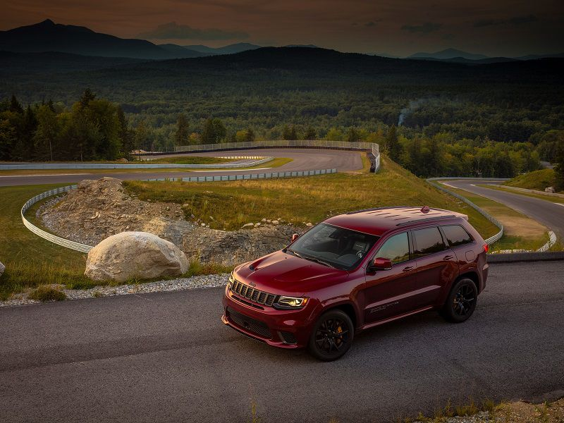 2019 Jeep Grand Cherokee Trackhawk Red Front Three Quarter