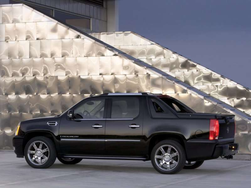Cadillac Escalade Ext on Four Cylinder Engine 2008 Ford Ranger