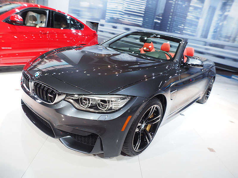BMW Drops Top on M4 at New York International Auto Show