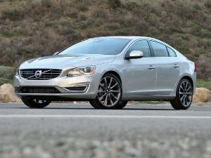 2015 Volvo S60 Photo Gallery