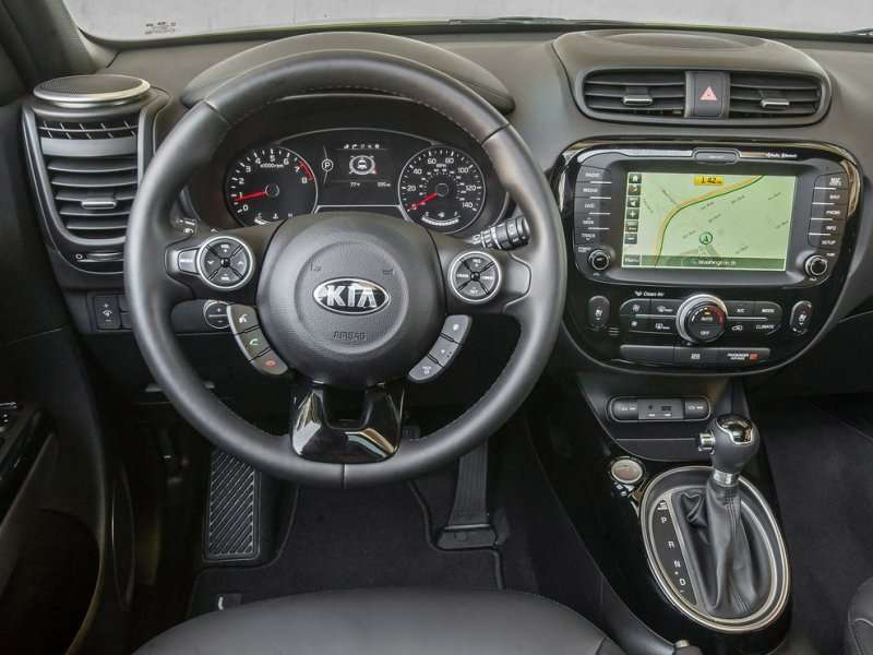Beautiful 2014 Kia Soul Honored For Outstanding Interior