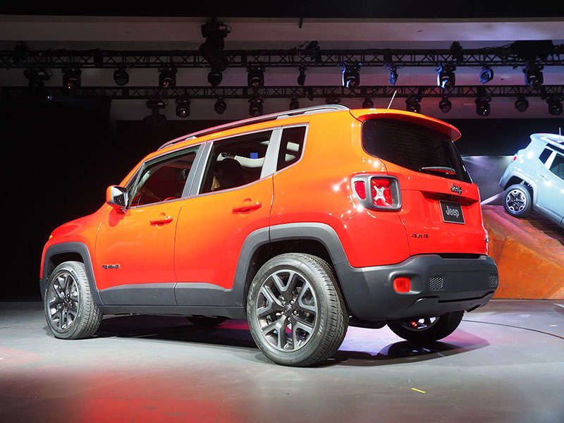 2015 jeep renegade photo gallery. Black Bedroom Furniture Sets. Home Design Ideas