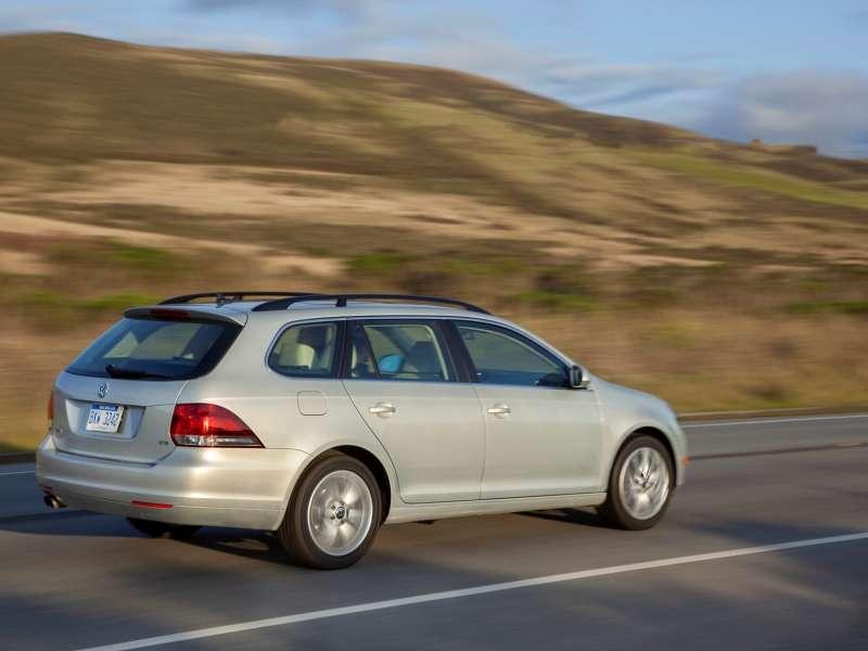 5 Cool Station Wagons For 2014 Autobytel Com