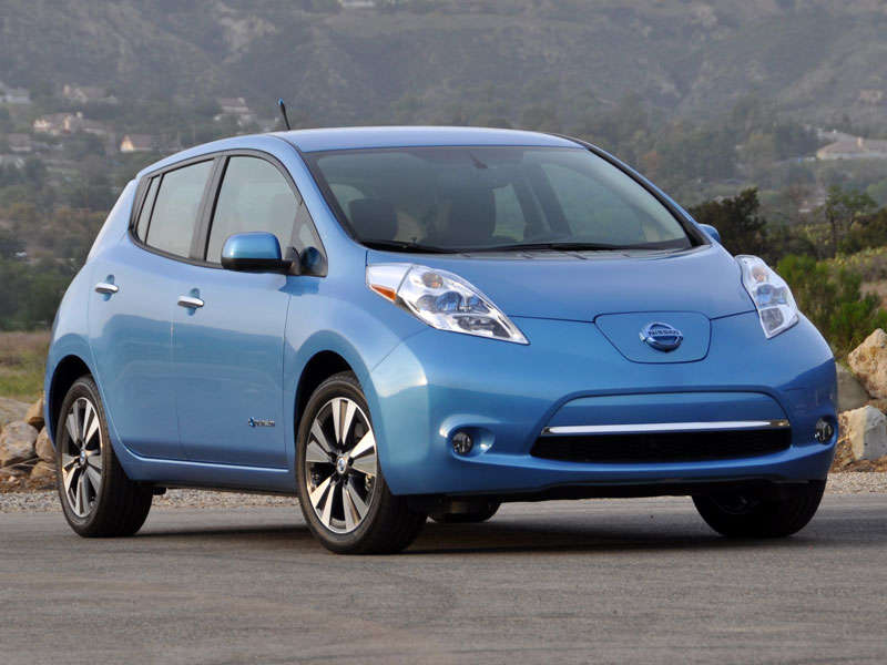 10 Things You Need To Know About The 2015 Nissan Leaf