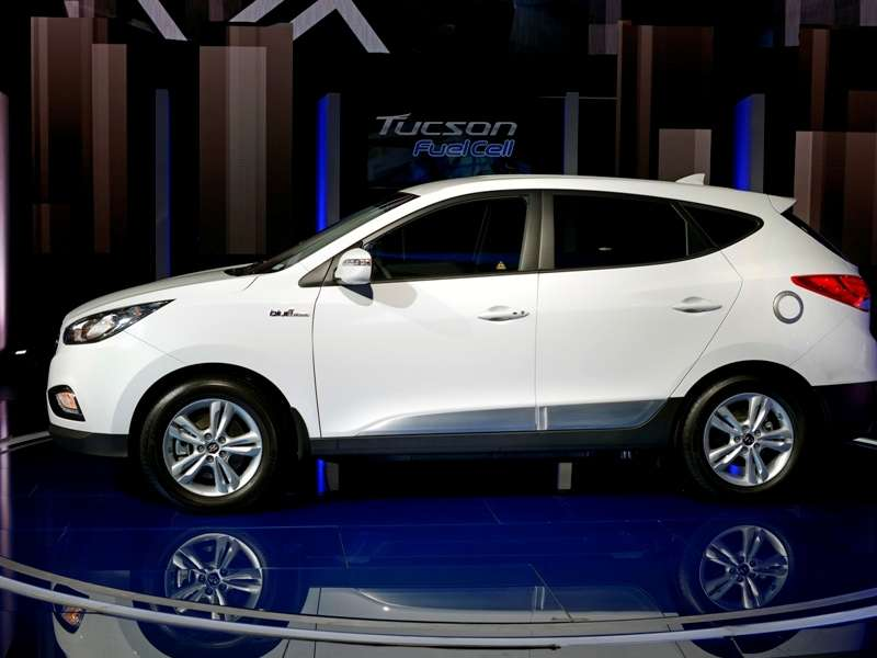 2015 Hyundai Tucson Fuel-cell Vehicles Land in California