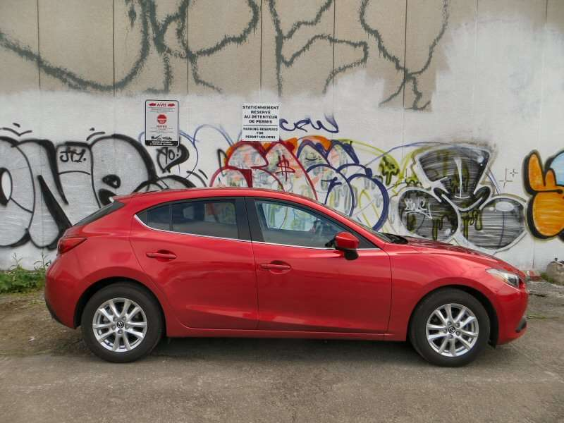 2014 Mazda Mazda3 3i Touring Hatchback Review: Safety And Ratings