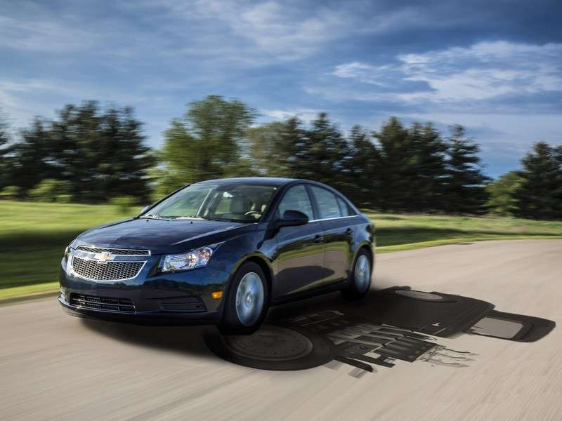 2014 Chevy Cruze Marks May Record with +30K Sales