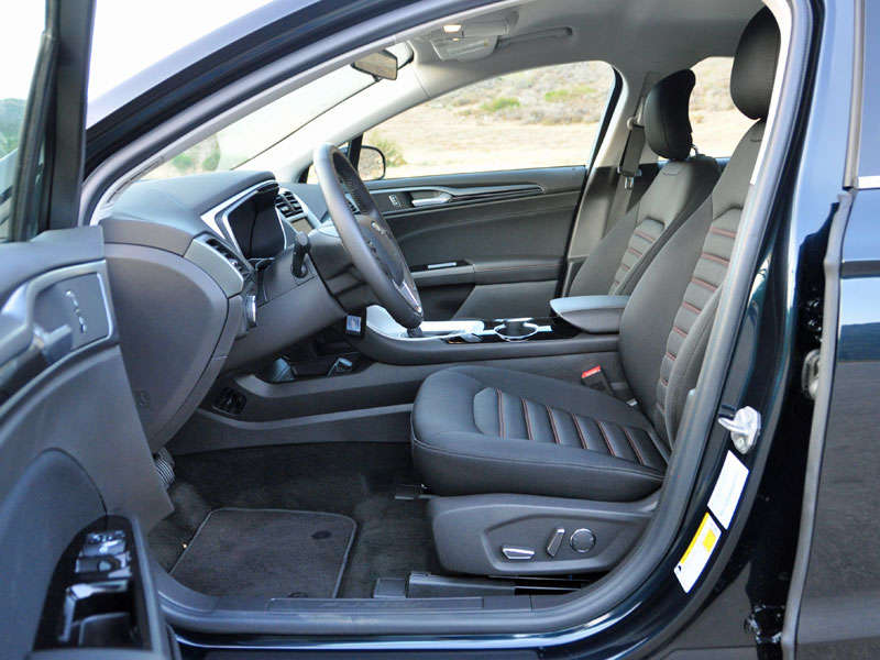 2014 Ford Fusion Review And Quick Spin: Comfort And Cargo