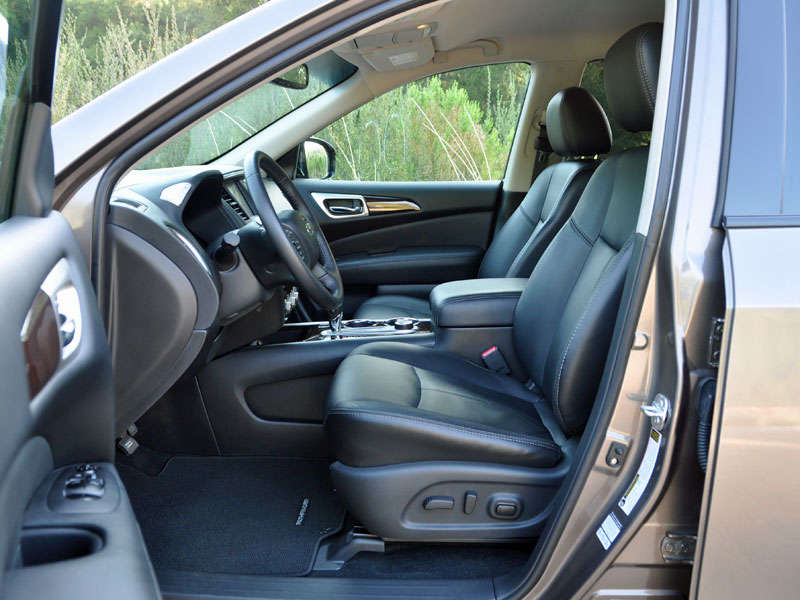 2014 nissan pathfinder review and quick spin. Black Bedroom Furniture Sets. Home Design Ideas