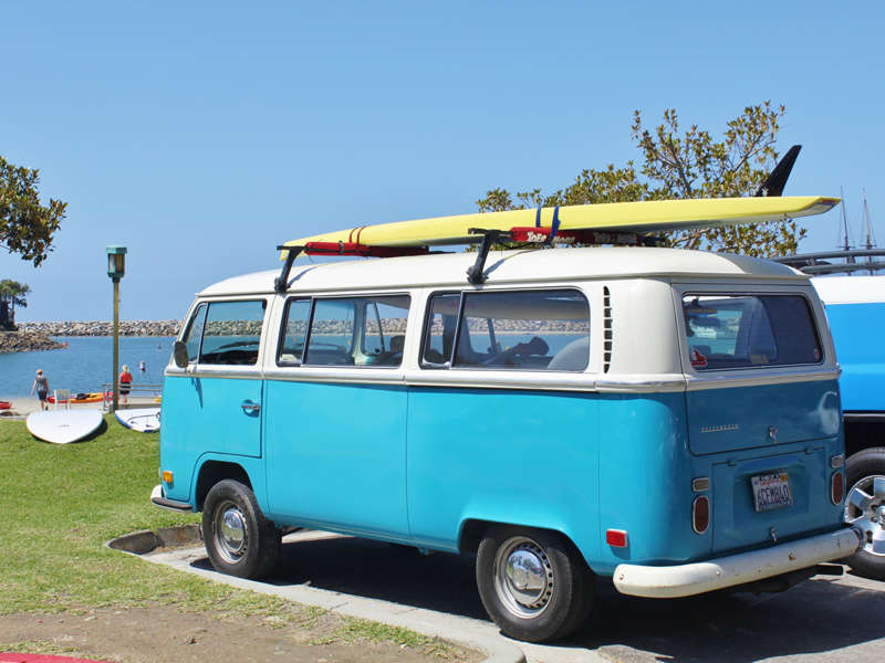 Iconic surf cars that make us happy for Credit auto garage volkswagen