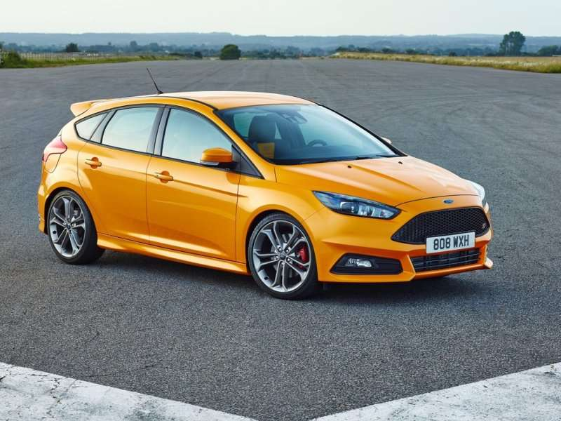 Ford Unveils Refreshed 2015 Focus ST