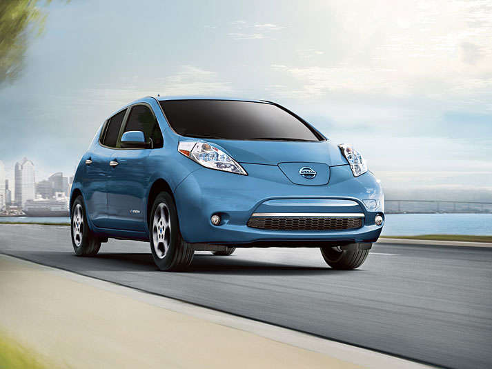 10 Things You Need To Know About The 2015 Nissan Leaf | Autobytel.com